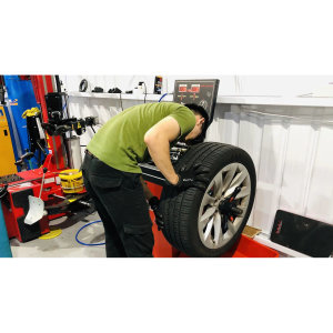 【TEC 特斯拉小學堂】-輪胎對調篇